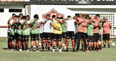 Após empate com a Chapecoense, chance de rebaixamento do Vitória aumenta para 55%