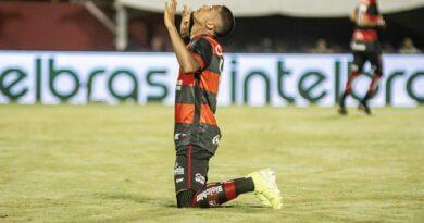 Copa do Brasil: Vitória visita o Grêmio com difícil missão de reverter resultado da partida de ida